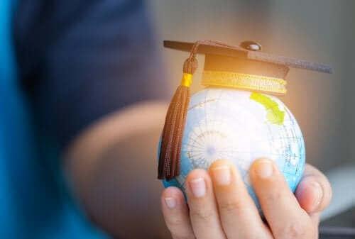 Das Lawrence Stenhouse-Modell zur Curriculum-Entwicklung