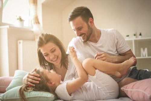 gesetzliche Vertretung - Eltern mit Kind