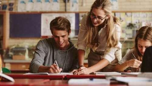 Lawrence Stenhouse - Lehrerin im Unterricht