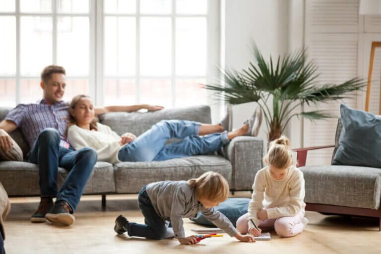 Mit den Kindern zu Hause: Tipps für Eltern in Zeiten des Coronavirus