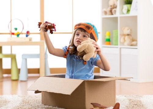 In vielen Fällen verhindern die Symptome, die mit Autismus einhergehen, dass sich das symbolische Spiel bei Kindern mit Autismus vollständig entwickelt.