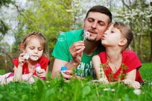 Für Pädagogikexperten ist die Hauptsache die, dass sich Kinder während der Sommerferien nicht langweilen.