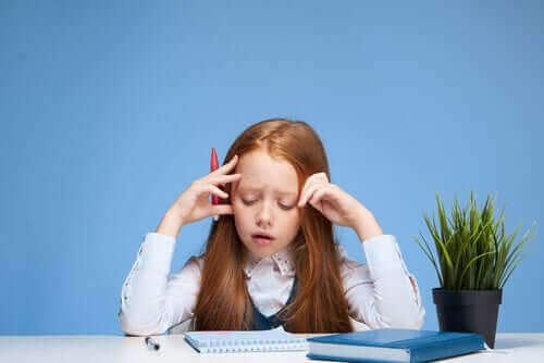 Ablenkungen beim Lernen führen dazu, dass die Schüler ihren Gedankengang verlieren