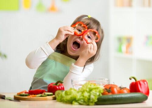 Ziehe deine Kinder in die Zubereitung von Speisen mit ein