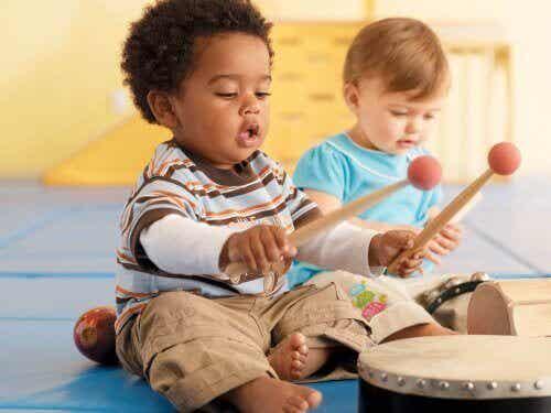 Kreativität bei Kindern durch Musik fördern
