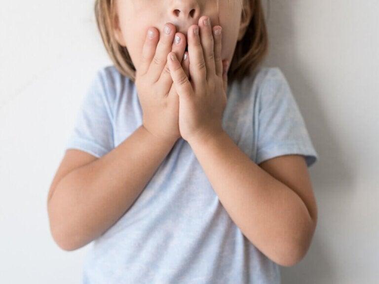 Stotternde Kinder: Techniken und Behandlung